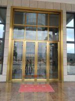 shang场玻璃门